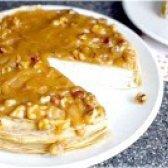 Як приготувати млинцевий торт з бананів з йогуртом? рецепт