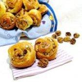 Як приготувати булочки з горіхами і кокосовою стружкою - рецепт