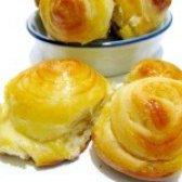 Як приготувати булочки цукрові - рецепт