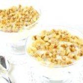 Як приготувати чорнослив у сметані з волоським горіхом - рецепт