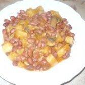 Як приготувати квасоля тушковану з картоплею та грибами - рецепт