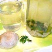 Як приготувати імбирний напій з м'ятою і медом - рецепт