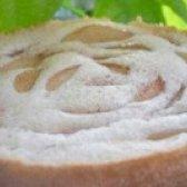 Як приготувати яблучну шарлотку з корицею в мультиварці - рецепт