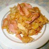 Як приготувати капусту тушковану з ковбасою - рецепт
