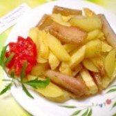 Як приготувати картоплю з салом і перцем - рецепт