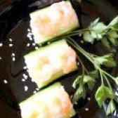 Як приготувати роли з креветками в огірку - рецепт