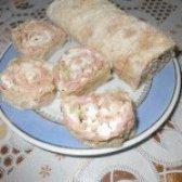 Як приготувати рулет на основі лаваша з ковбасою і селерою - рецепт