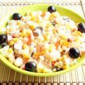 Як приготувати салат з ананасів і шинки строкатий - рецепт
