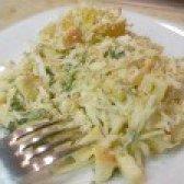 Як приготувати салат з капусти і яблук в гірчичною заправці - рецепт