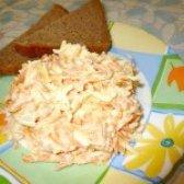 Як приготувати салат з ковбасного сиру і моркви - рецепт