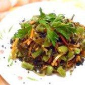Як приготувати салат з морської капусти і стручкової квасолі - рецепт