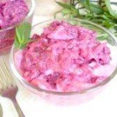 Як приготувати салат з буряка і смаженої цибулі - рецепт