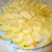 Як приготувати салат зі свіжих огірків з медом - рецепт