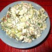 Як приготувати салат ніжний з крабовим м'ясом і морською капустою - рецепт