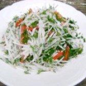 Як приготувати салат з дайконом і помідорами - рецепт