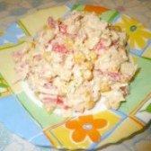 Як приготувати салат з крабовим м'ясом і болгарським перцем - рецепт