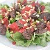 Як приготувати салат з курячою печінкою з соусом з малини - рецепт