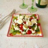 Як приготувати салат з перепелиними яйцями і черрі - рецепт