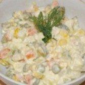 Як приготувати салат столичний з куркою - рецепт
