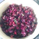 Як приготувати салат буряковий з квасолею - рецепт