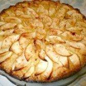 Як приготувати шарлотку з яблуками і бананом - рецепт