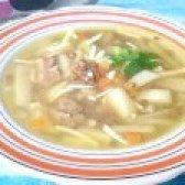 Як приготувати суп з коричневою сочевицею і плавленим сирком - рецепт