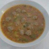 Як приготувати томатний суп з фрикадельками та овочами - рецепт