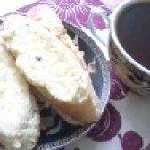 Як приготувати смажені бутерброди з бринзою і яйцем - рецепт