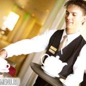 Хто такий офіціант?
