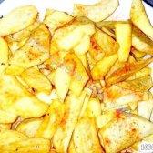 Кулінарний рецепт картопля по-селянськи з паприкою з фото
