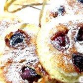 Кулінарний рецепт оладки пишні з вишнею з фото
