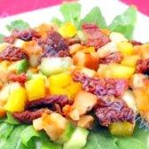 Кулінарний рецепт салат з в'яленими помідорами з фото