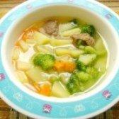 Як приготувати дитячий суп з телятиною і брокколі - рецепт