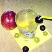 Як приготувати компот з винограду і нектарина - рецепт