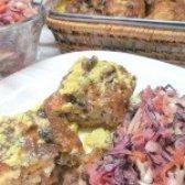 Як приготувати курячі вертуни з вітамінним салатом - рецепт