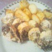 Як приготувати курячий рулет з грибами і підсмажений картоплею в мультиварці - рецепт