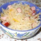 Як приготувати квашена капуста з баварськими ковбасками - рецепт