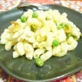 Як приготувати макарони з печінкою тріски і овочами - рецепт