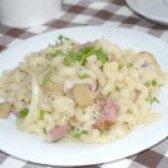 Як приготувати макарони з шашликовими ковбасками і маринованими грибами - рецепт