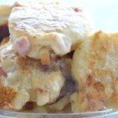 Як приготувати оладки з копченим сиром і ковбасою - рецепт