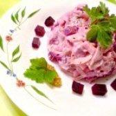 Як приготувати салат буряковий з оселедцем - рецепт