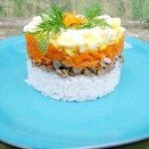 Як приготувати листковий салат з курячими сердечками - рецепт