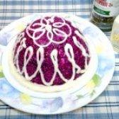 Як приготувати буряковий салат з сиром і часником - рецепт