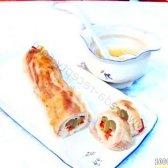 Кулінарний рецепт курячий рулет в беконі з фото