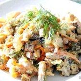 Кулінарний рецепт салат з білої квасолі з сухариками з фото