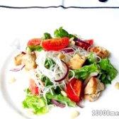 Рецепт салат з рисовою локшиною, куркою і овочами з фото