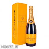 Шампанське вдова кліко (veuve clicquot)
