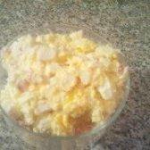 Як приготувати легкий салат з крабових паличок - рецепт
