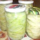 Як приготувати огірковий салат із цибулею на зиму? рецепт