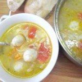 Як приготувати овочевий суп з фрикадельками з курячого фаршу - рецепт